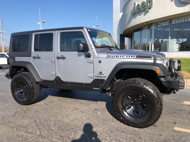 Pre-Owned 2016 Jeep Wrangler Unlimited Rubicon
