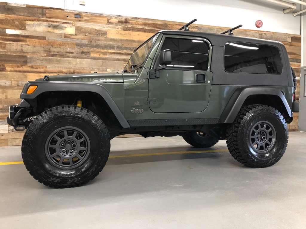 Pre-Owned 2005 Jeep Wrangler Unlimited Rubicon